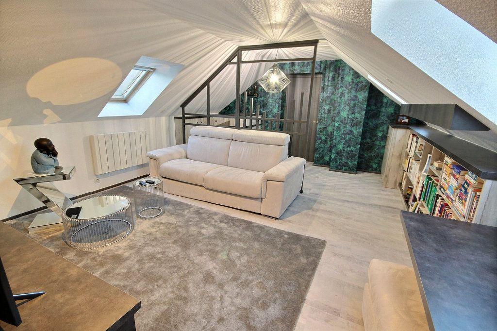 Maison à vendre 8 186m2 à Montigny-le-Bretonneux vignette-8