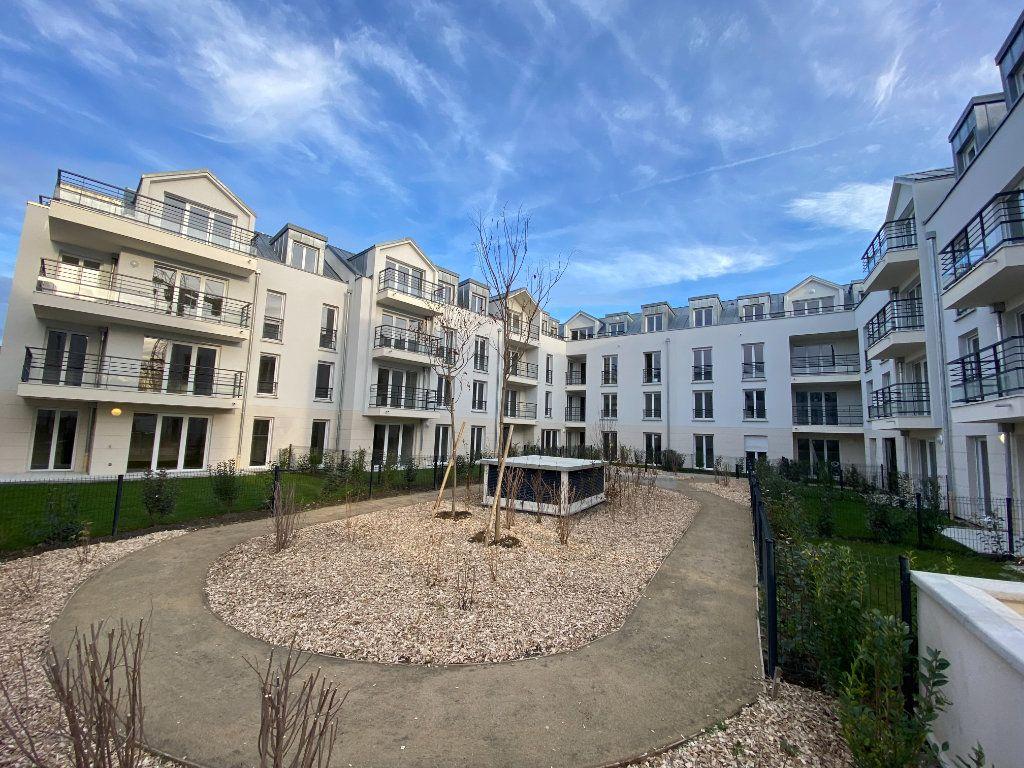 Appartement à vendre 3 66.79m2 à Montigny-le-Bretonneux vignette-1