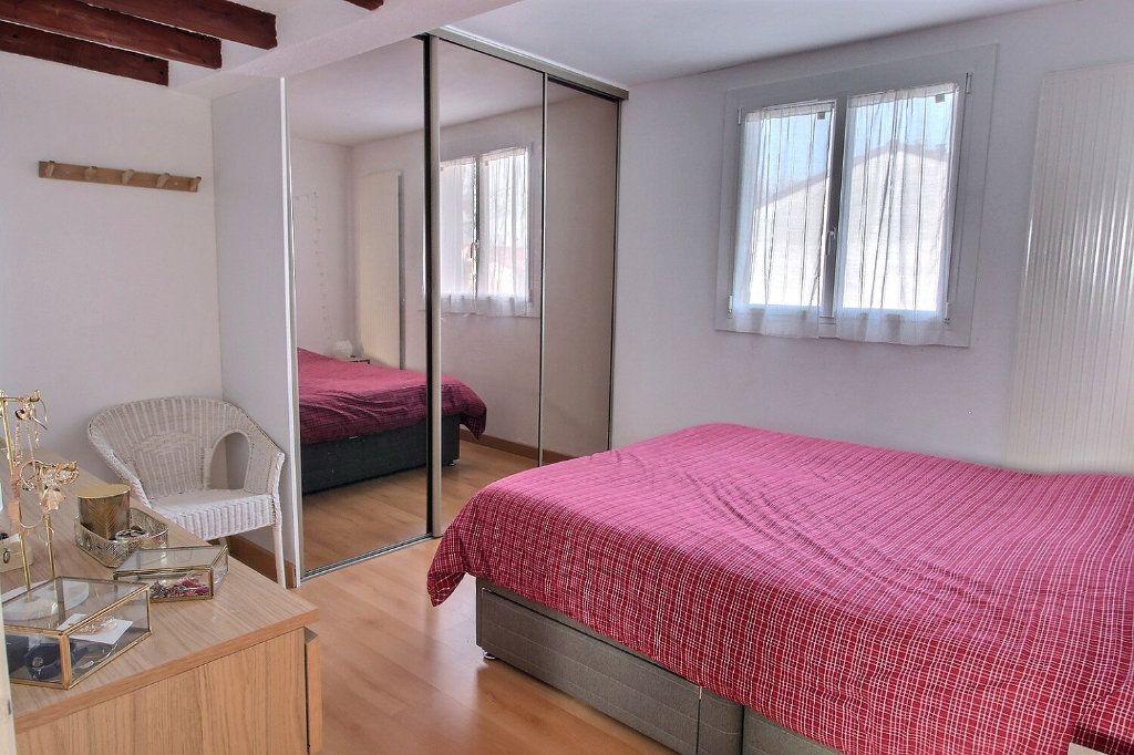Maison à vendre 6 105m2 à Montigny-le-Bretonneux vignette-5