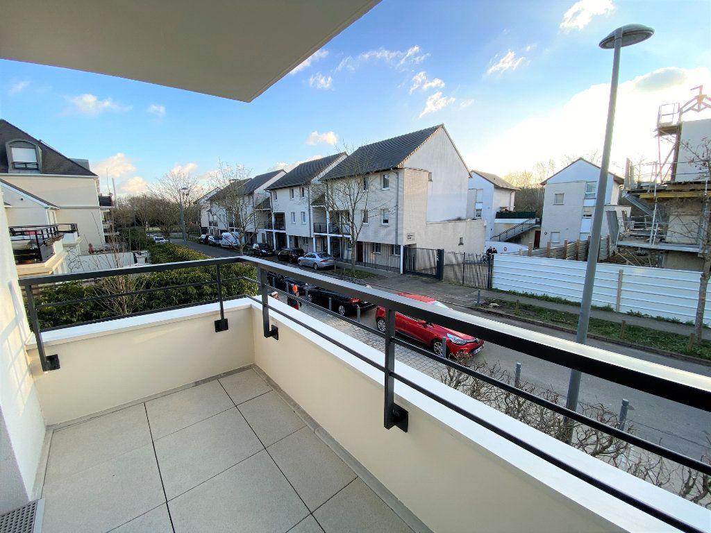 Appartement à vendre 3 66.04m2 à Montigny-le-Bretonneux vignette-5