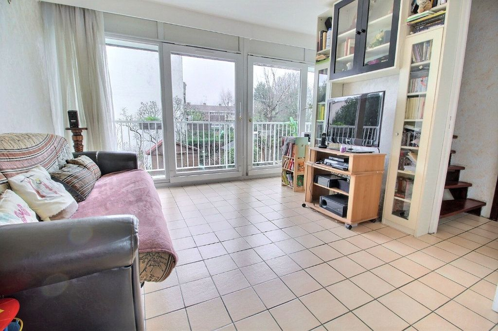 Maison à vendre 4 77m2 à Montigny-le-Bretonneux vignette-1