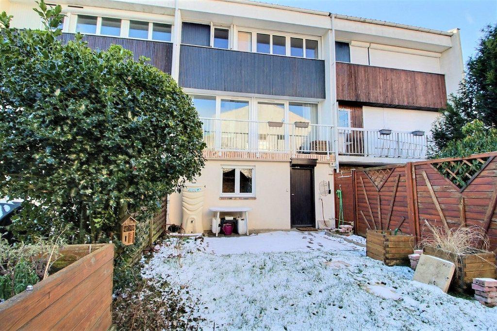Maison à vendre 4 77m2 à Montigny-le-Bretonneux vignette-5