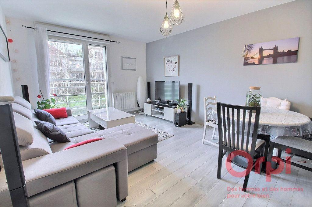 Appartement à vendre 2 45m2 à Montigny-le-Bretonneux vignette-2