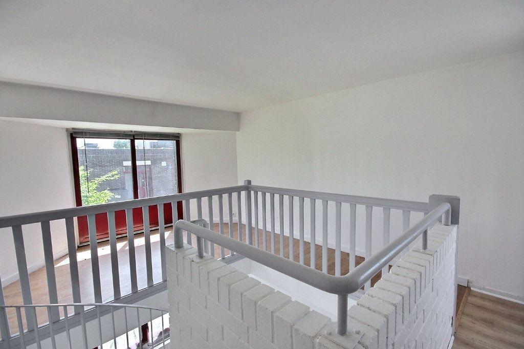 Maison à vendre 5 85.95m2 à Montigny-le-Bretonneux vignette-5