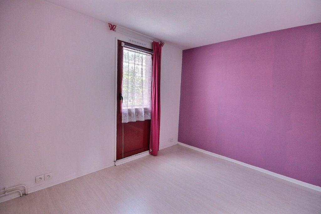 Maison à vendre 5 85.95m2 à Montigny-le-Bretonneux vignette-6