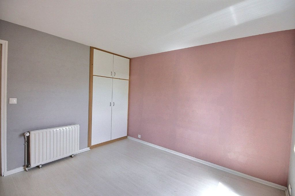 Maison à vendre 5 85.95m2 à Montigny-le-Bretonneux vignette-7