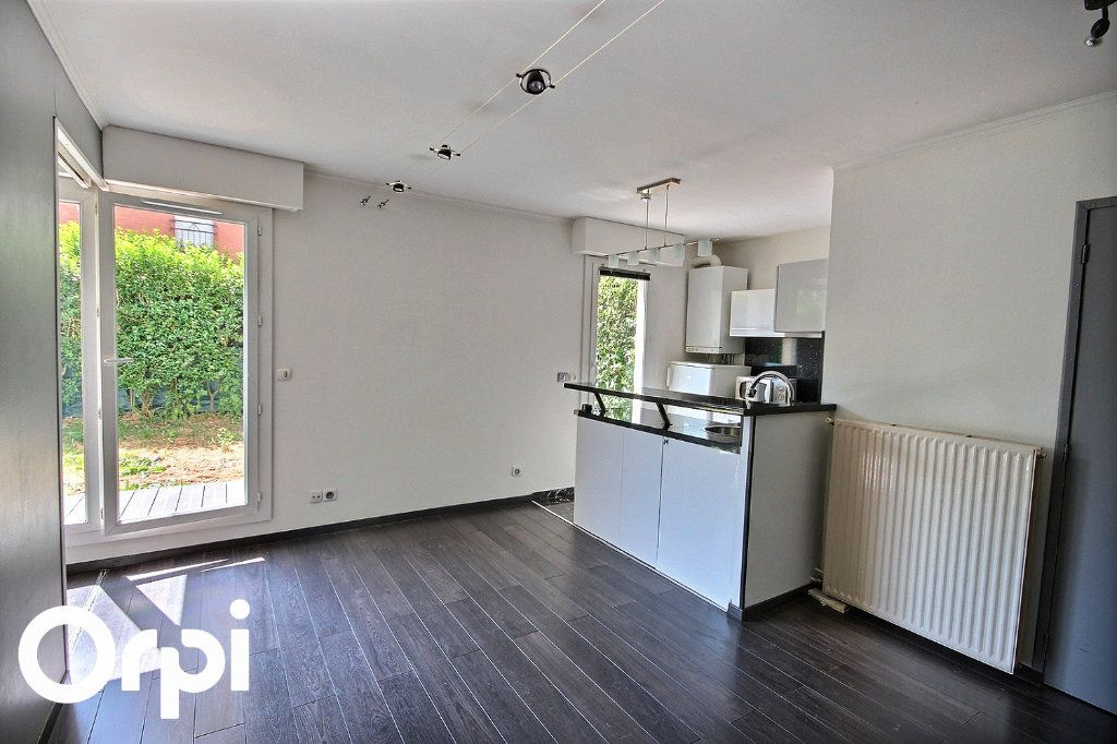 Appartement à louer 2 40.45m2 à Montigny-le-Bretonneux vignette-2