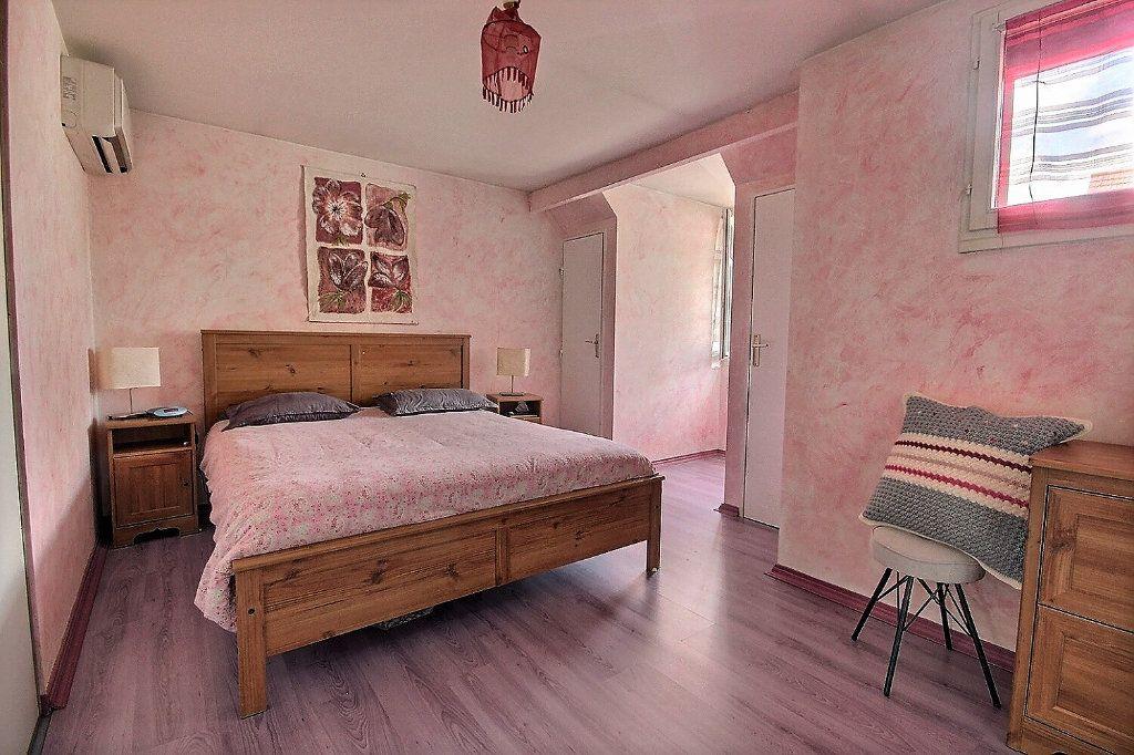 Maison à vendre 7 122m2 à Voisins-le-Bretonneux vignette-7