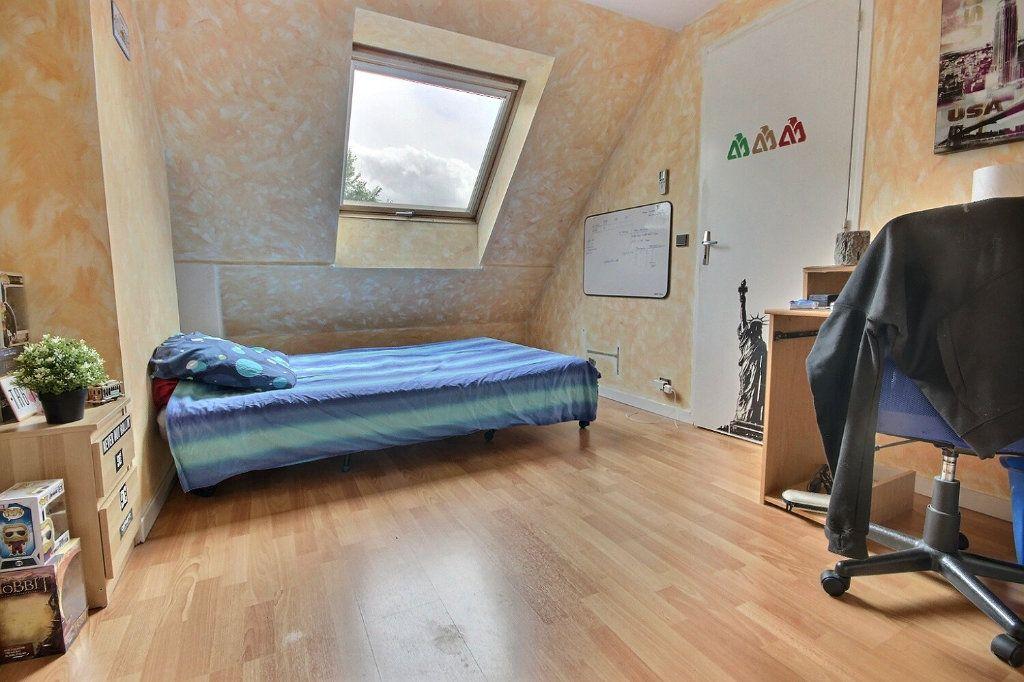 Maison à vendre 7 122m2 à Voisins-le-Bretonneux vignette-12