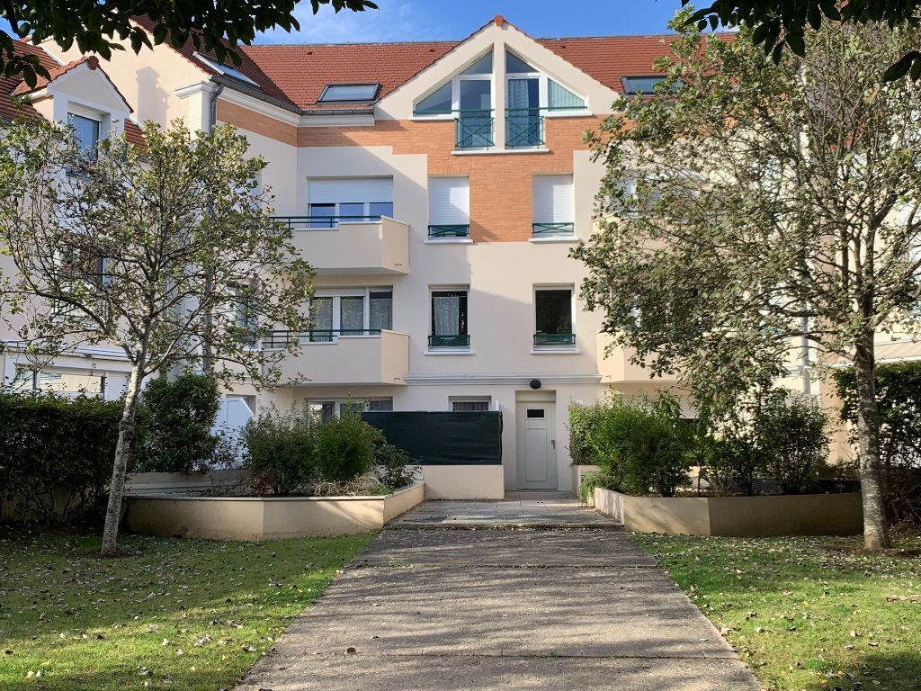 Appartement à louer 2 50.42m2 à Voisins-le-Bretonneux vignette-1