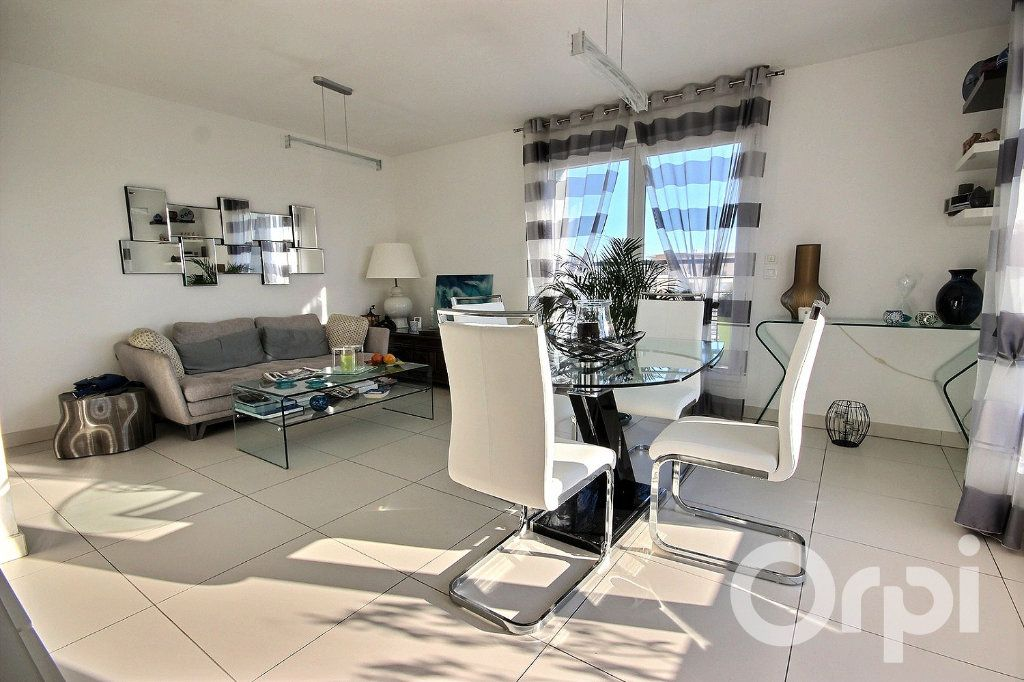 Appartement à vendre 4 96.65m2 à Trappes vignette-1