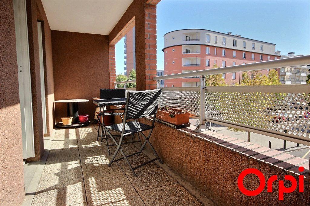 Appartement à vendre 4 77.3m2 à Élancourt vignette-5