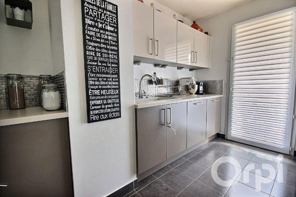 Appartement à vendre 5 95.85m2 à Trappes vignette-3