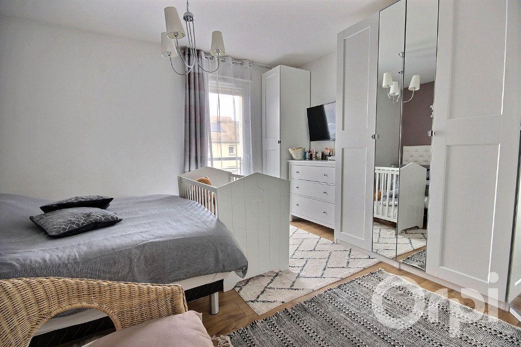 Appartement à vendre 5 95.85m2 à Trappes vignette-5