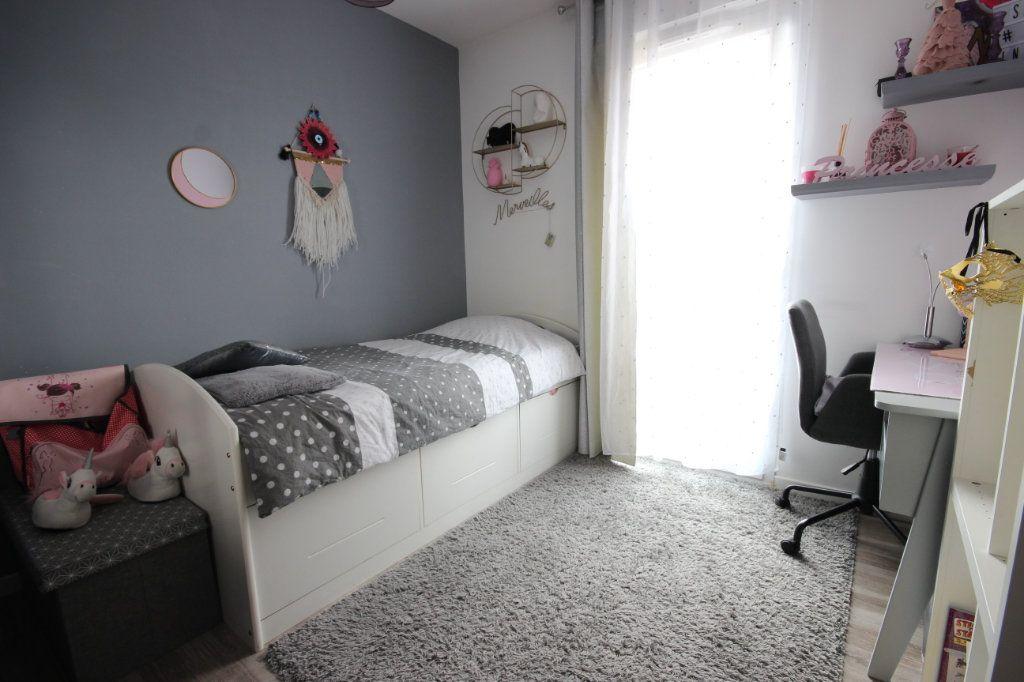 Appartement à vendre 5 95.85m2 à Trappes vignette-7