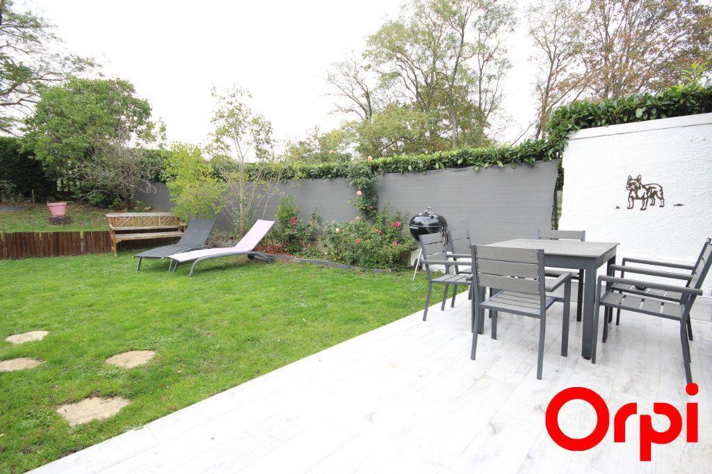Maison à vendre 6 119m2 à Élancourt vignette-9
