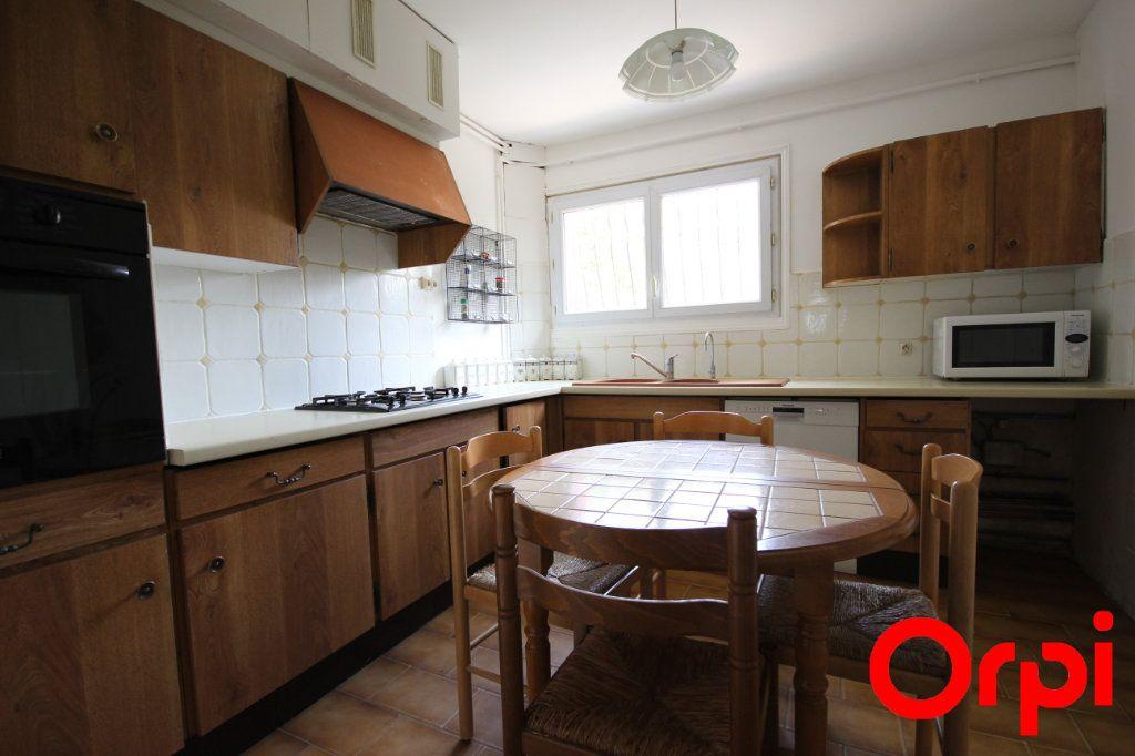 Maison à vendre 5 103.7m2 à Maurepas vignette-5