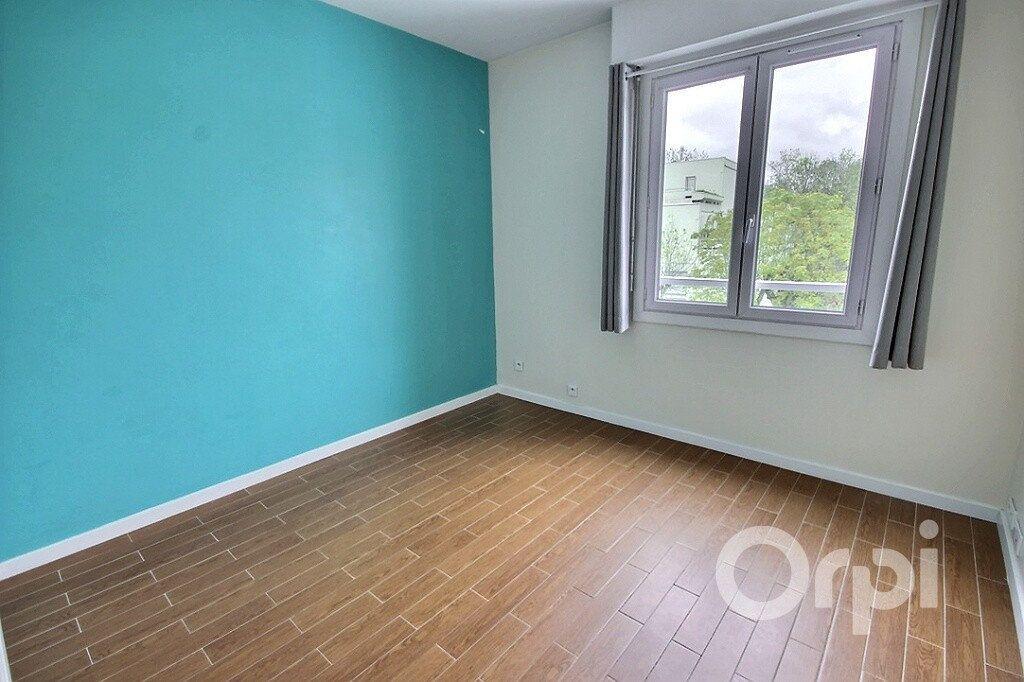 Appartement à vendre 3 68.27m2 à Trappes vignette-6