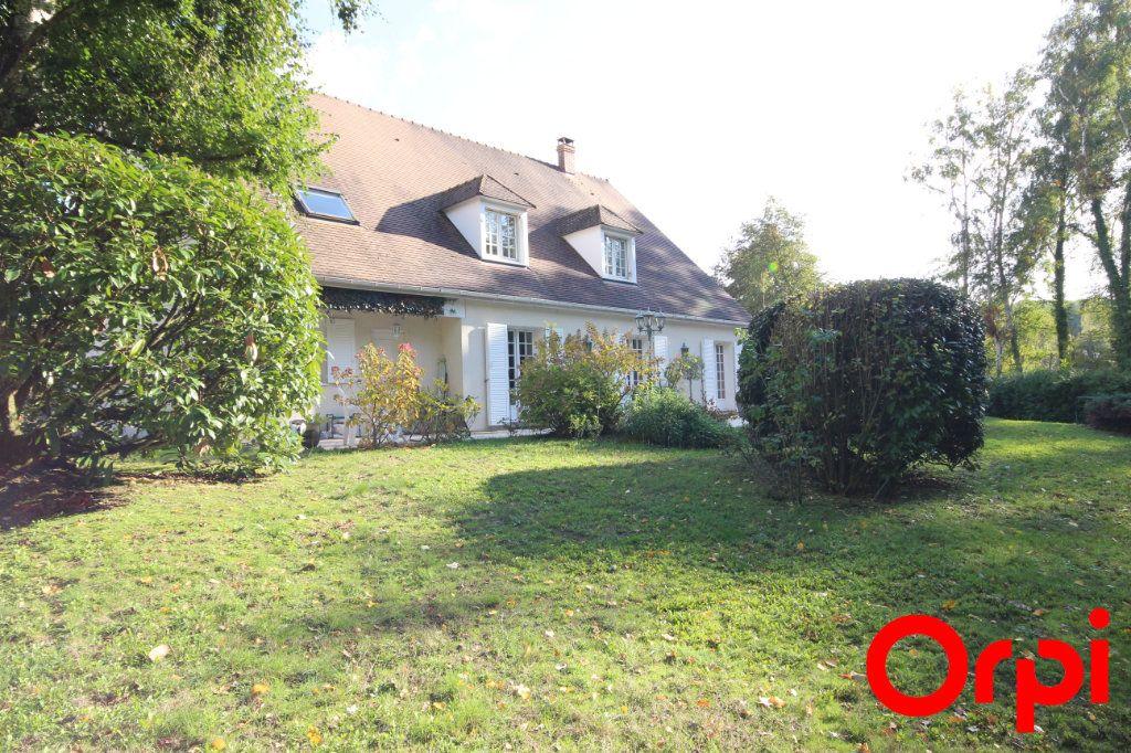 Maison à vendre 11 277m2 à Saint-Rémy-l'Honoré vignette-1