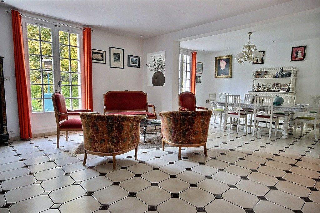 Maison à vendre 11 277m2 à Saint-Rémy-l'Honoré vignette-3