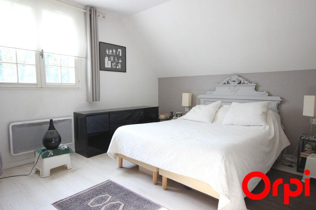Maison à vendre 11 277m2 à Saint-Rémy-l'Honoré vignette-7