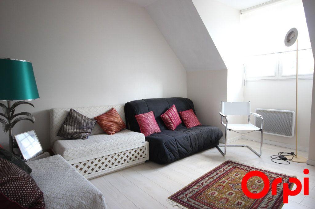 Maison à vendre 11 277m2 à Saint-Rémy-l'Honoré vignette-9