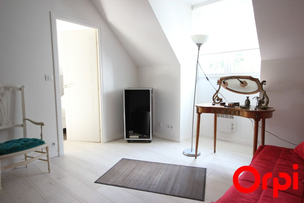 Maison à vendre 11 277m2 à Saint-Rémy-l'Honoré vignette-10