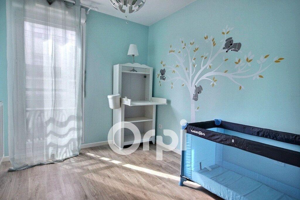 Appartement à vendre 3 62m2 à Trappes vignette-6