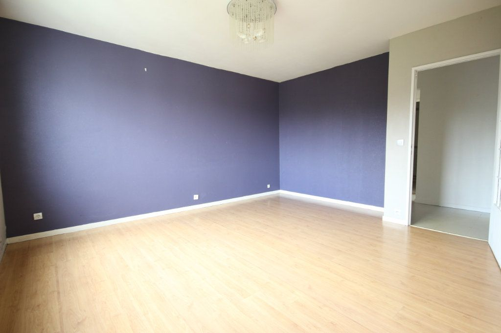 Appartement à vendre 3 63.8m2 à Trappes vignette-3