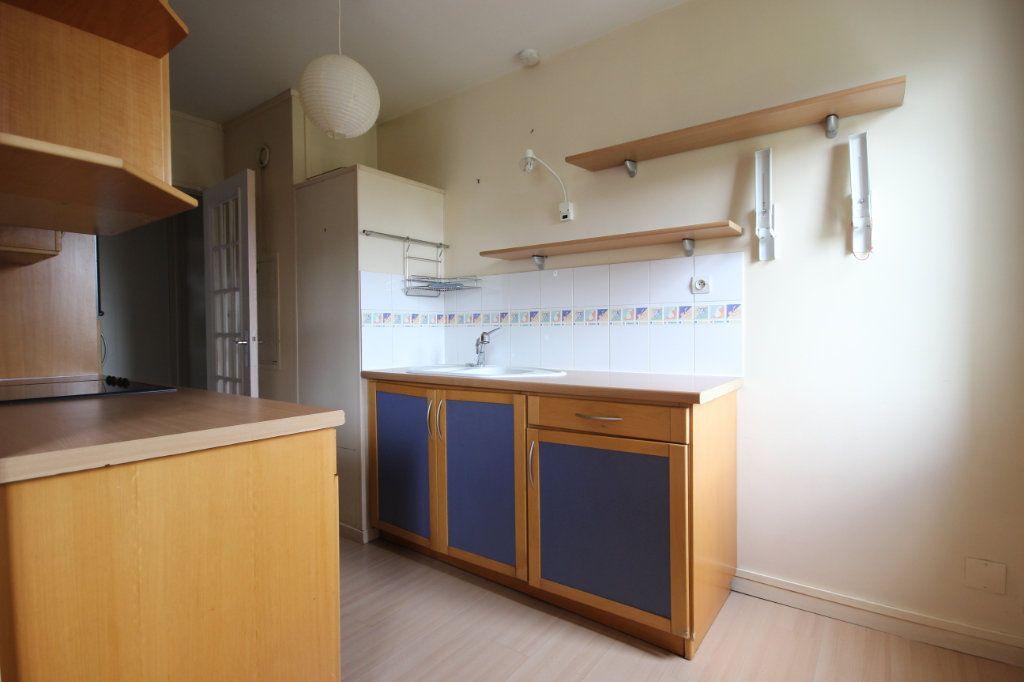 Appartement à vendre 3 63.8m2 à Trappes vignette-5