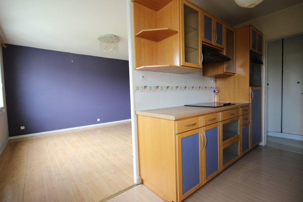 Appartement à vendre 3 63.8m2 à Trappes vignette-6