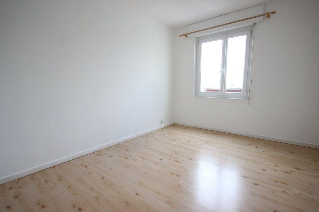 Appartement à vendre 3 63.8m2 à Trappes vignette-8