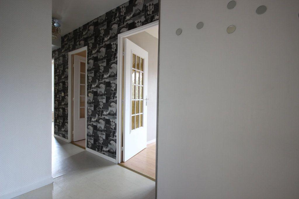 Appartement à vendre 3 63.8m2 à Trappes vignette-9