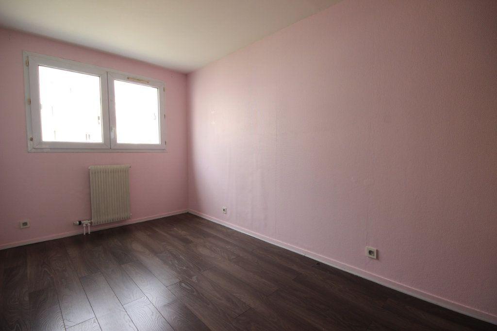 Appartement à vendre 3 64m2 à Élancourt vignette-6