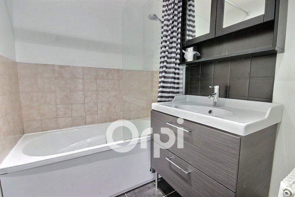 Appartement à vendre 3 64m2 à Élancourt vignette-7