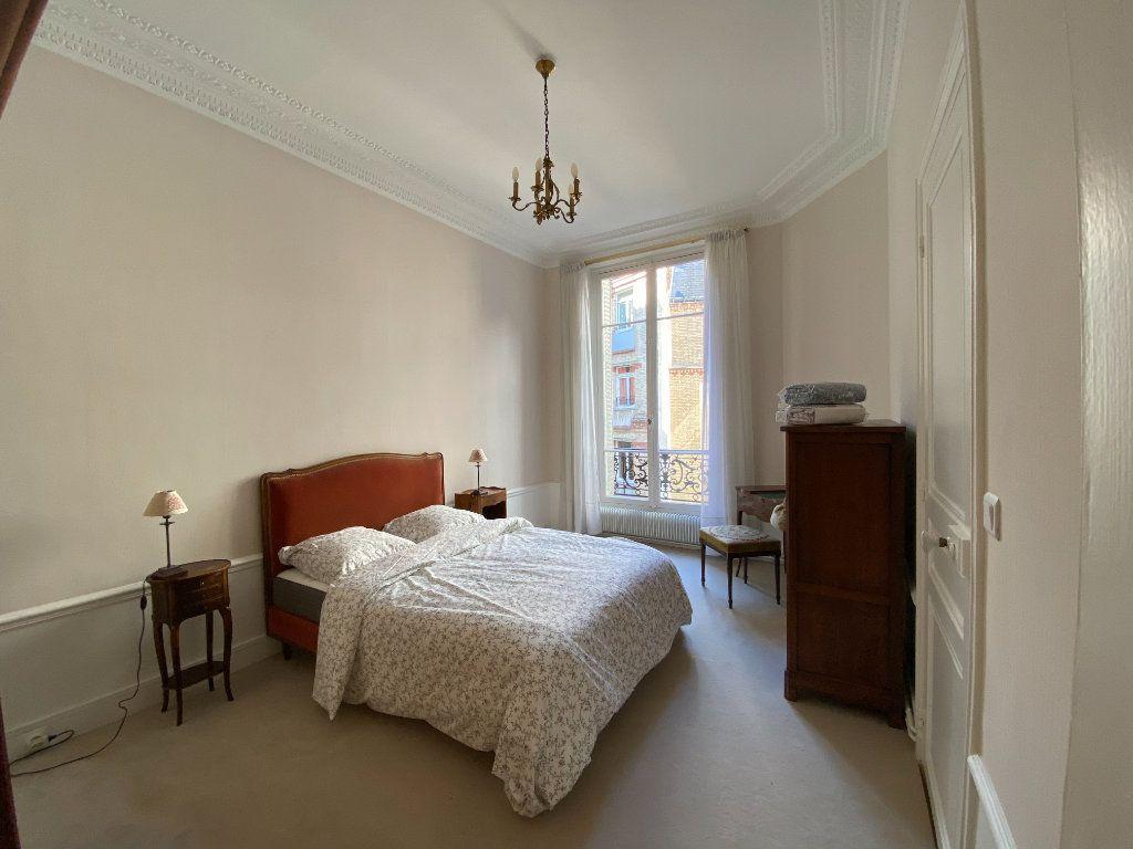 Appartement à louer 4 110.31m2 à Paris 16 vignette-4