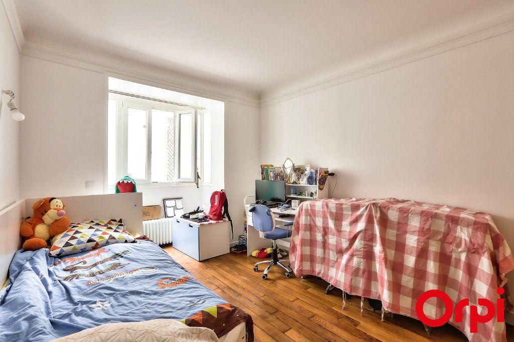 Appartement à vendre 3 66.64m2 à Paris 16 vignette-7
