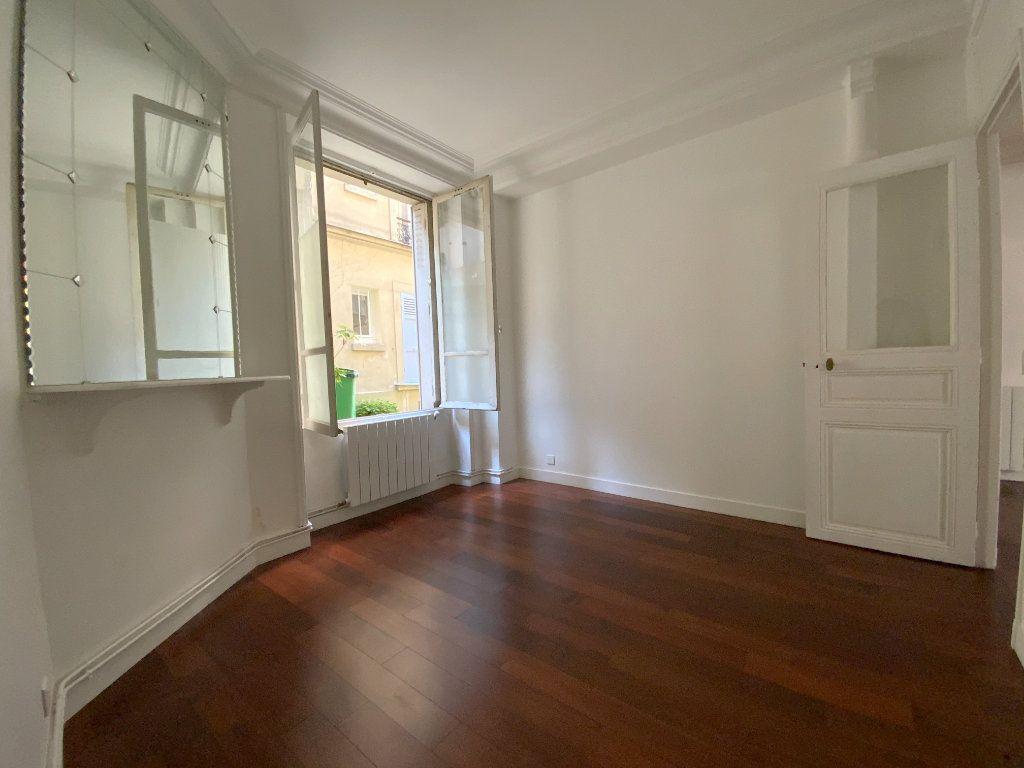 Appartement à louer 3 55.64m2 à Paris 16 vignette-6