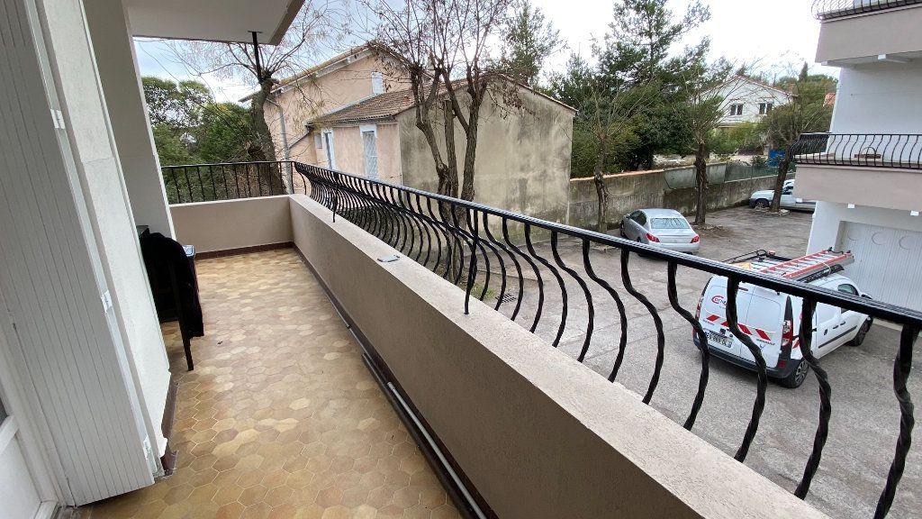 Appartement à louer 3 68.33m2 à Montpellier vignette-1