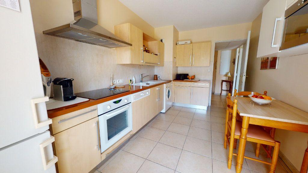 Appartement à vendre 3 93.7m2 à Montpellier vignette-9