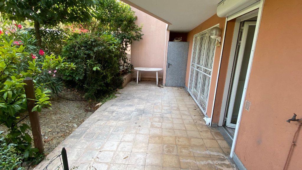Appartement à louer 4 90.83m2 à Montpellier vignette-6