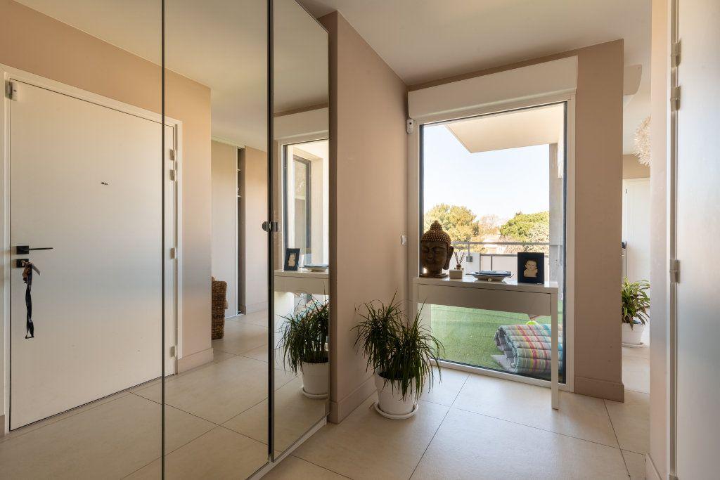Appartement à vendre 4 95m2 à Saint-Jean-de-Védas vignette-3