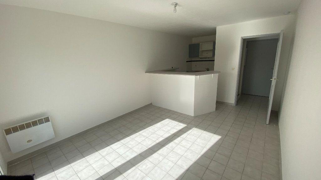 Appartement à louer 2 41.74m2 à Montpellier vignette-3