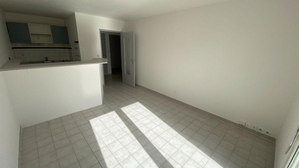 Appartement à louer 2 41.74m2 à Montpellier vignette-5
