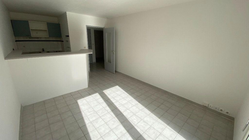 Appartement à louer 2 41.74m2 à Montpellier vignette-6