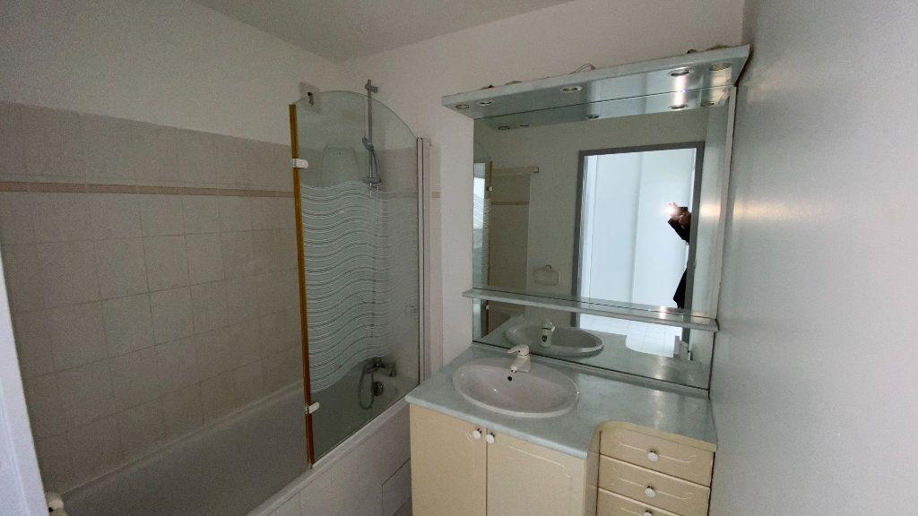 Appartement à louer 2 41.74m2 à Montpellier vignette-13
