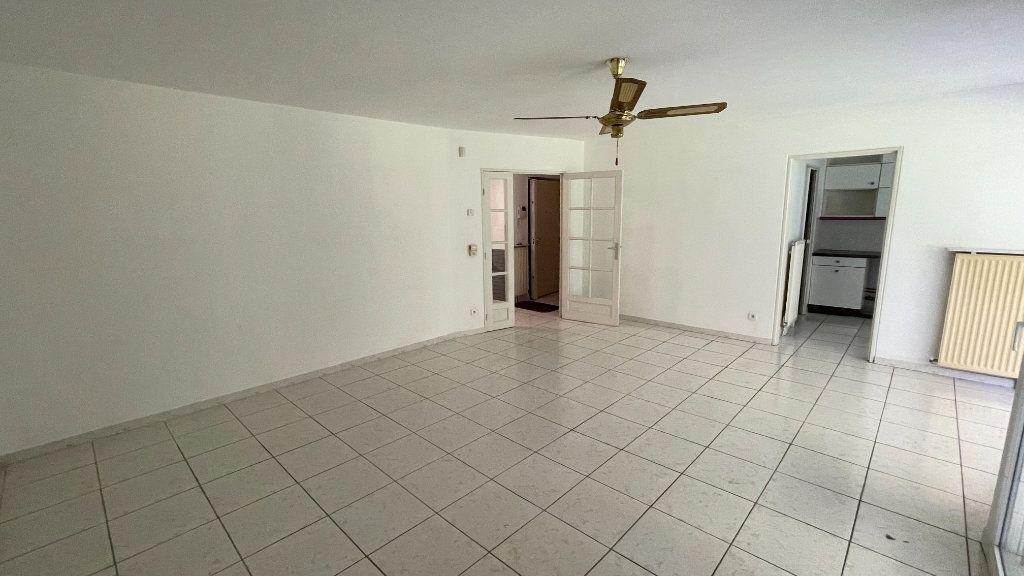 Appartement à vendre 4 95.13m2 à Montpellier vignette-2