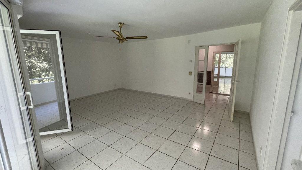 Appartement à vendre 4 95.13m2 à Montpellier vignette-3