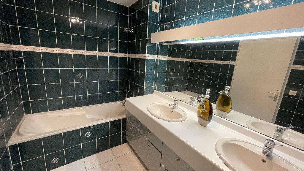 Appartement à vendre 4 95.13m2 à Montpellier vignette-7