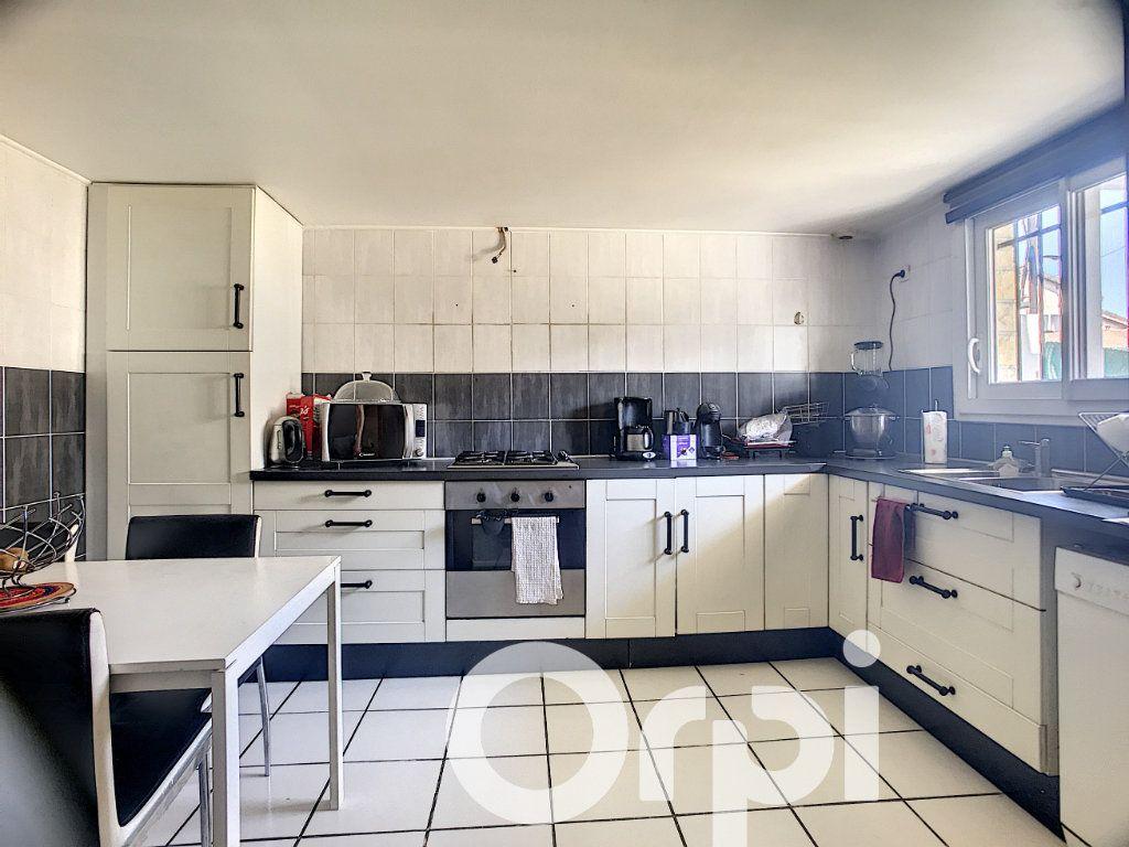 Maison à vendre 5 113m2 à Trappes vignette-2
